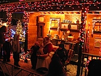 20101223-Bentleyville-MrsClaus.jpg