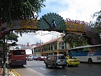 20111024-HappyDeepavali-SerangoonRd.jpg