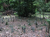 20111024-KampongGlamCemetery.jpg